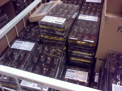 London Almond at IKEA? Biar benar!