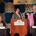 Churchill Downs Racetrack President T. Kevin Flanery gave a special Kentucky Derby jacket to the keynote speaker Kenny Mayne.