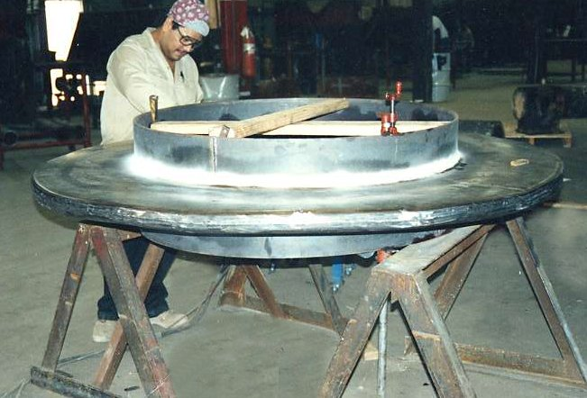 """48"""" Diameter, Thick-Wall Expansion Joint (06/24/2001)"""