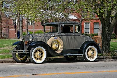 circa 1931 Ford