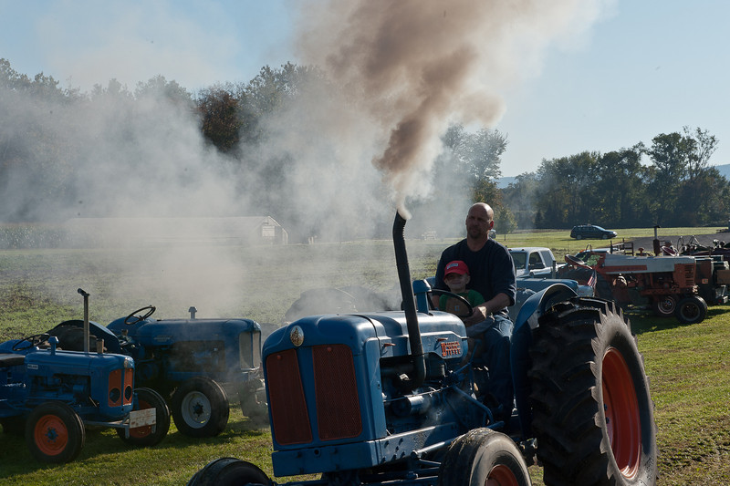 Accord Tractor Pull 2011-10-09-21