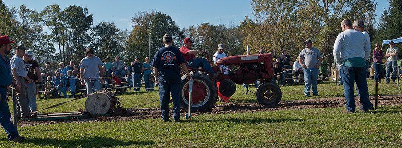 Accord Tractor Pull 2011-10-09-39