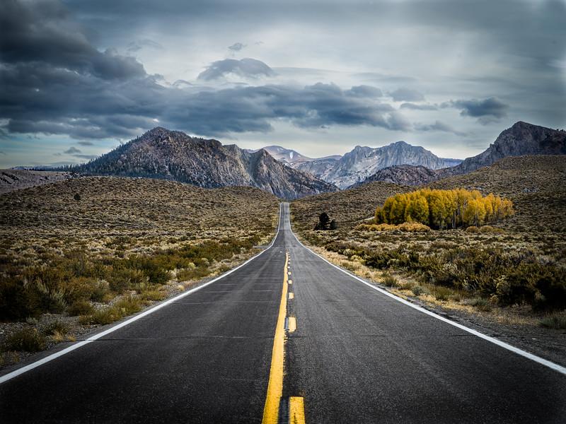 a road in the sierras