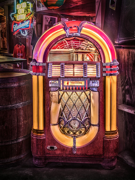 Broken Spoke Bar Juke Box