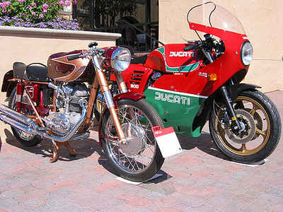 Ducati 175 single & Mike Hailwood Replica