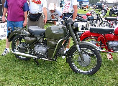Moto Guzzi Falcone in Military trappings