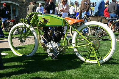 L1000534.JPG - Amazing replica of a 1919 bevel-drive Overhead cam Henderson