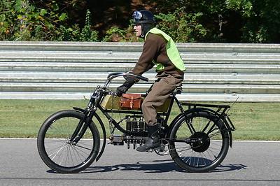 L1040067 - 1905 FN four cylinder