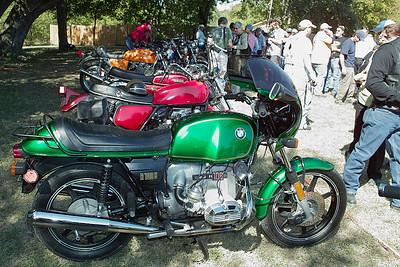 SDIM1307 - A very green BMW R100S