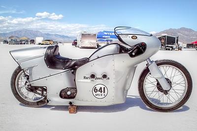 SDIM4080_1_2 - Harley streamliner