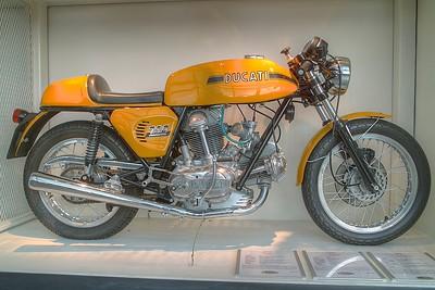 SDIM5964_5_6 - Ducati 750 Sport