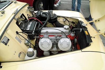 SDIM2624 - 544 Engine Bay