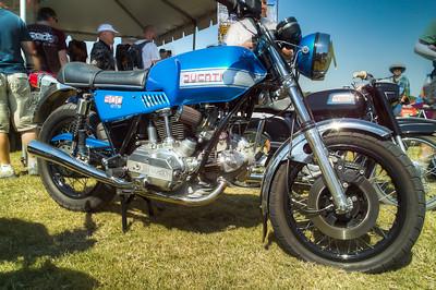 SDIM0643_4_5 - Ducati 900GTS