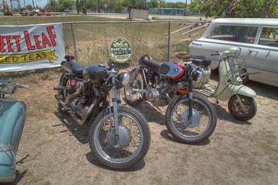 SDIM3742_3_4 - Harley, Honda 160 & Scooter