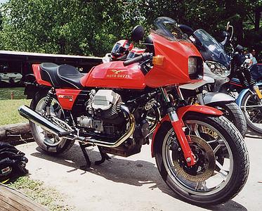 Red 850 LeMans III