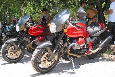 Twin Limited-Edition Moto Guzzi V11 Sport Rosso Mandellos