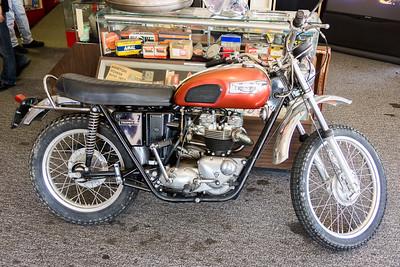 Triumph 650 Trophy