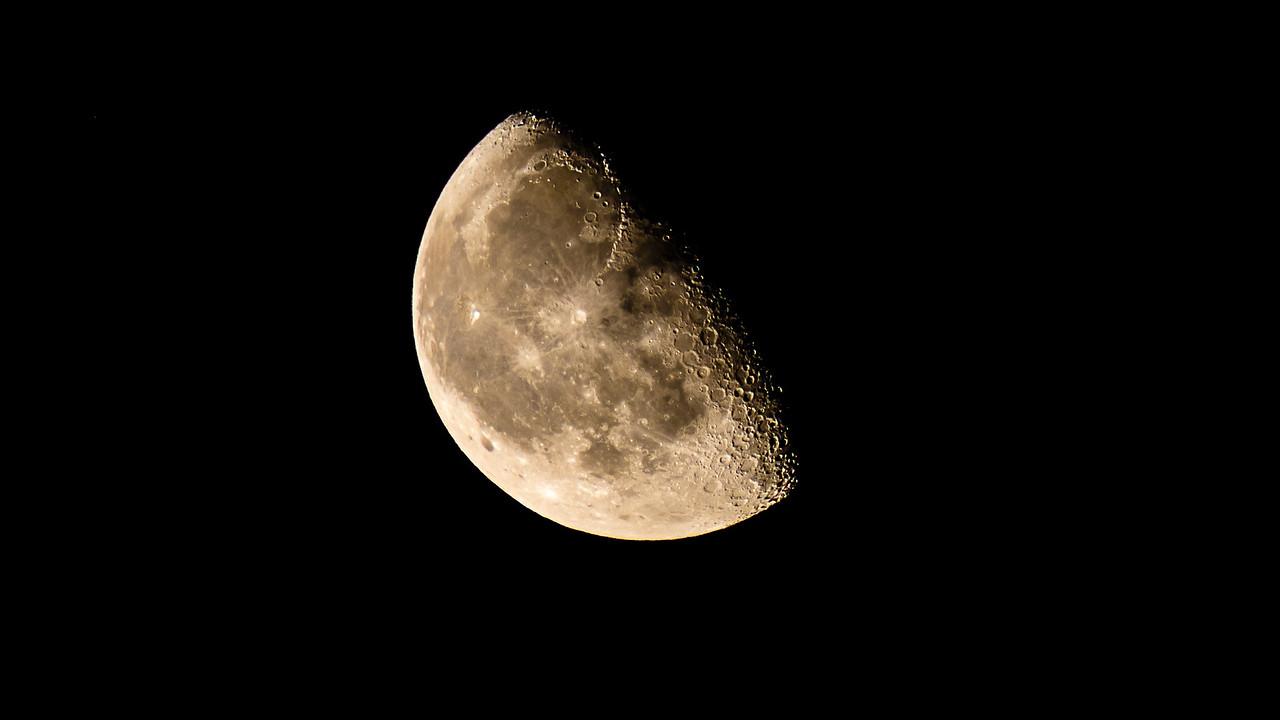20180605 Waning Gibbous Moonrise-1
