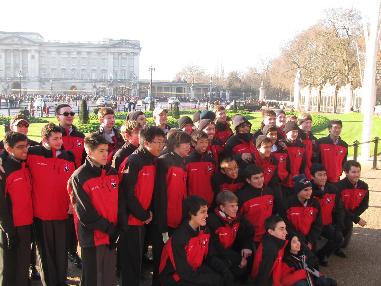 Bus 5 @ Buckingham Palace 2