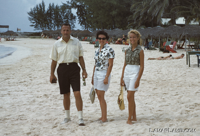 1960 - My mom, on the right, with friends at Nassau. - Kodachrome