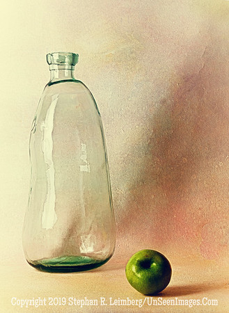 Glass and Green Apple A0002840