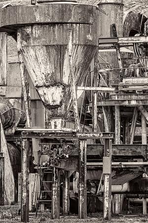 Whale Oil Machinery B&W Copyright 2020 Steve Leimberg UnSeenImages Com _DSC2436