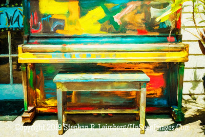 Piano at LuLus - Copyright 2016 Steve Leimberg - UnSeenImages Com L1000556