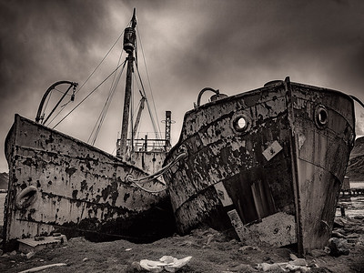 Beached Whaling Ships B&W Copyright 2020 Steve Leimberg UnSeenImages Com _DSF0555