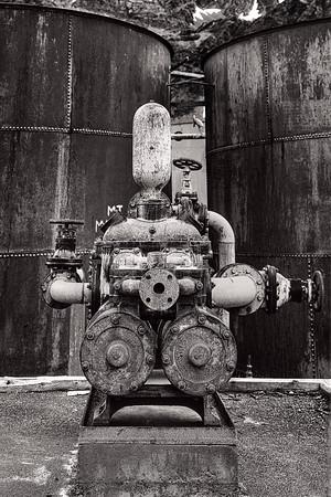 Whale Oil Pump  B&W Copyright 2020 Steve Leimberg UnSeenImages Com _DSF0417