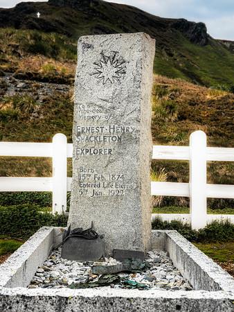 Grave of Ernest Shackleton Copyright 2020 Steve Leimbeg UnSeenImages Com _DSF0192