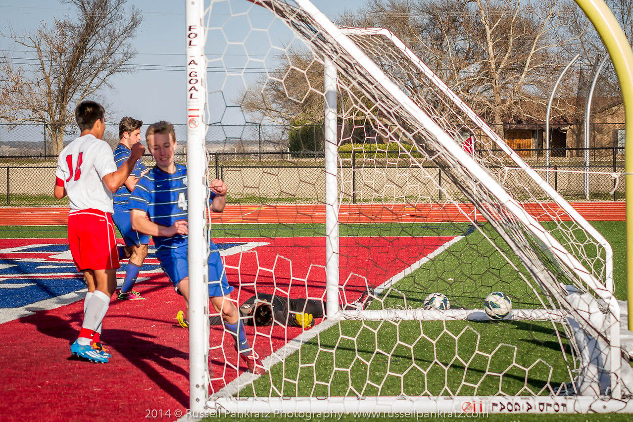 20140118 Chaps Boys Varsity Soccer vs Eastview-117