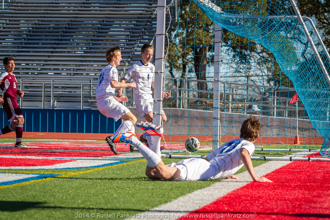 2014-01-197 Chaps Boys Varsity Soccer Scrimmage-197