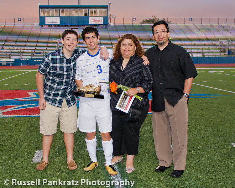 Senior Nite - Chaps vs  Akins-0557