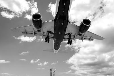 Jet landing Maho Beach Sint Maarten.