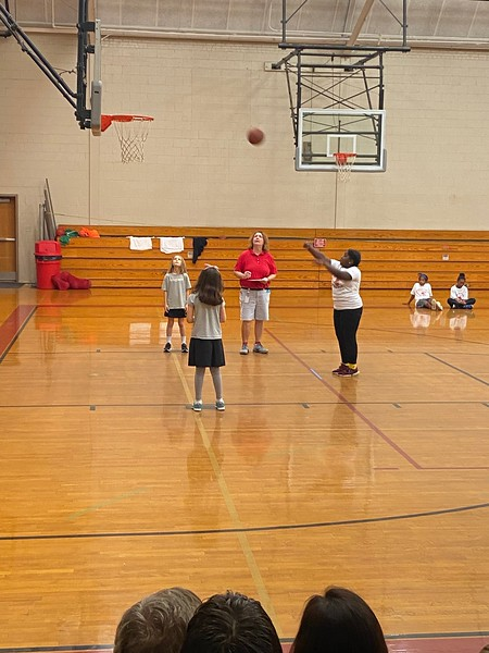 Basketball Shoot Out