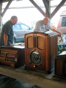 Famous  Gilligan's Island radio