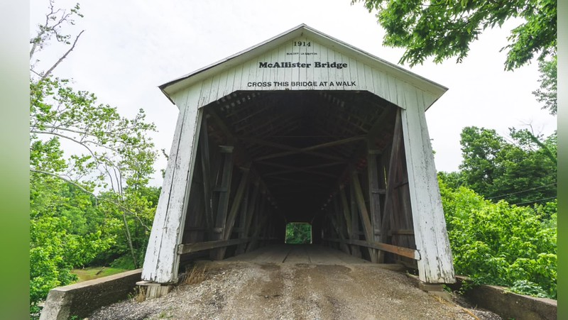 2019 Landscapes: Covered Bridge Photo Slideshow