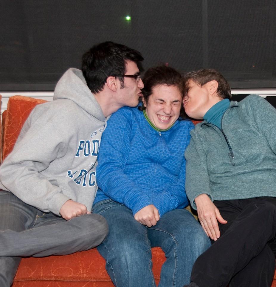 Lonny, Jessie and Mom