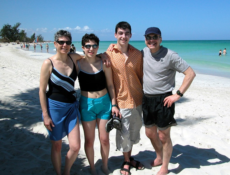 Mom. Jessie, Lonny and Dad in Cuba