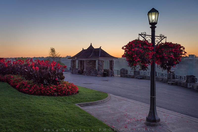 Rambler's Rest Floral Display (#0359)