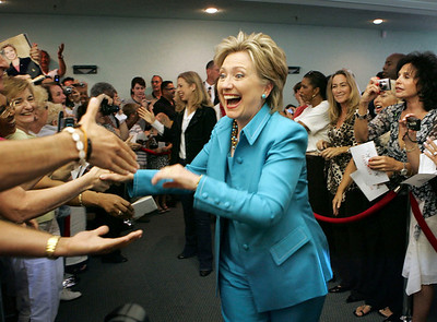Hillary Clinton visited Sunrise Lakes Phase 4 Clubhouse on her Florida tour.   Here Hillary enters the clubhouse with her daughter Chelsey following as the crowd cheered.