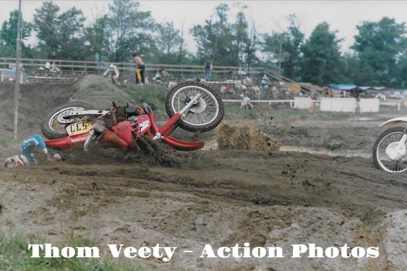 crash_unknown_veety_racewaypark_1988_020