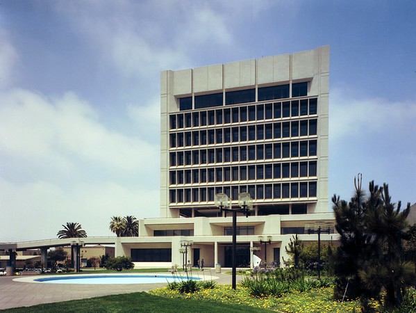 Inglewood City Hall, Calif., 1976