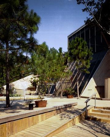 Woodlands Information Center, Spring, Tex., 2000