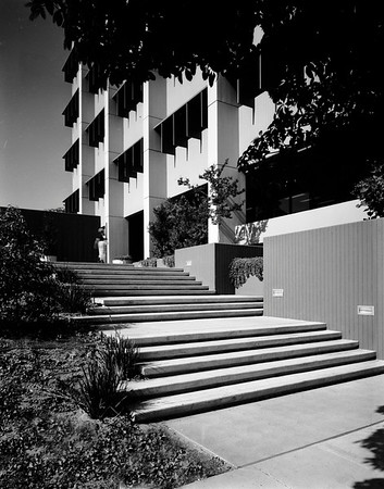 Extension Office, UCLA, Los Angeles, Calif., 1972