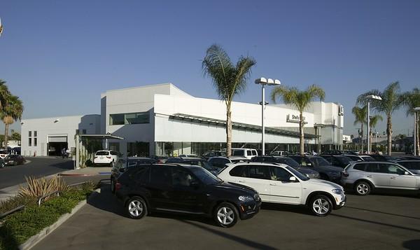 Shelly BMW, Buena Park, Calif., 2007
