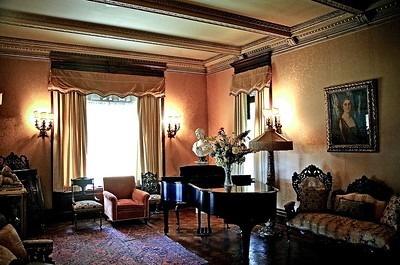 Drawing Room at the Glenmont Estate