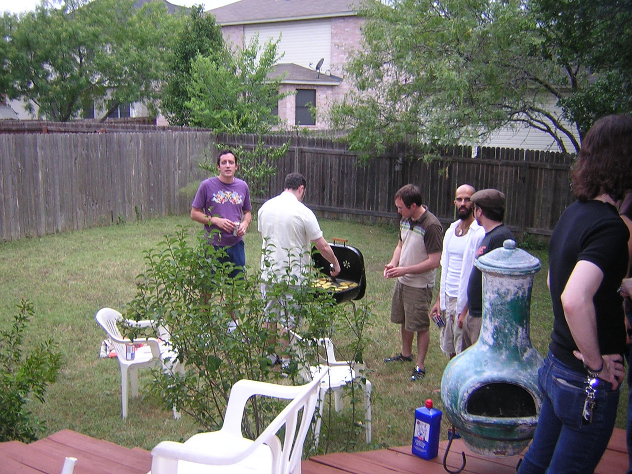 The boys grill and get all manly and stuff.nDSCN4901.JPG