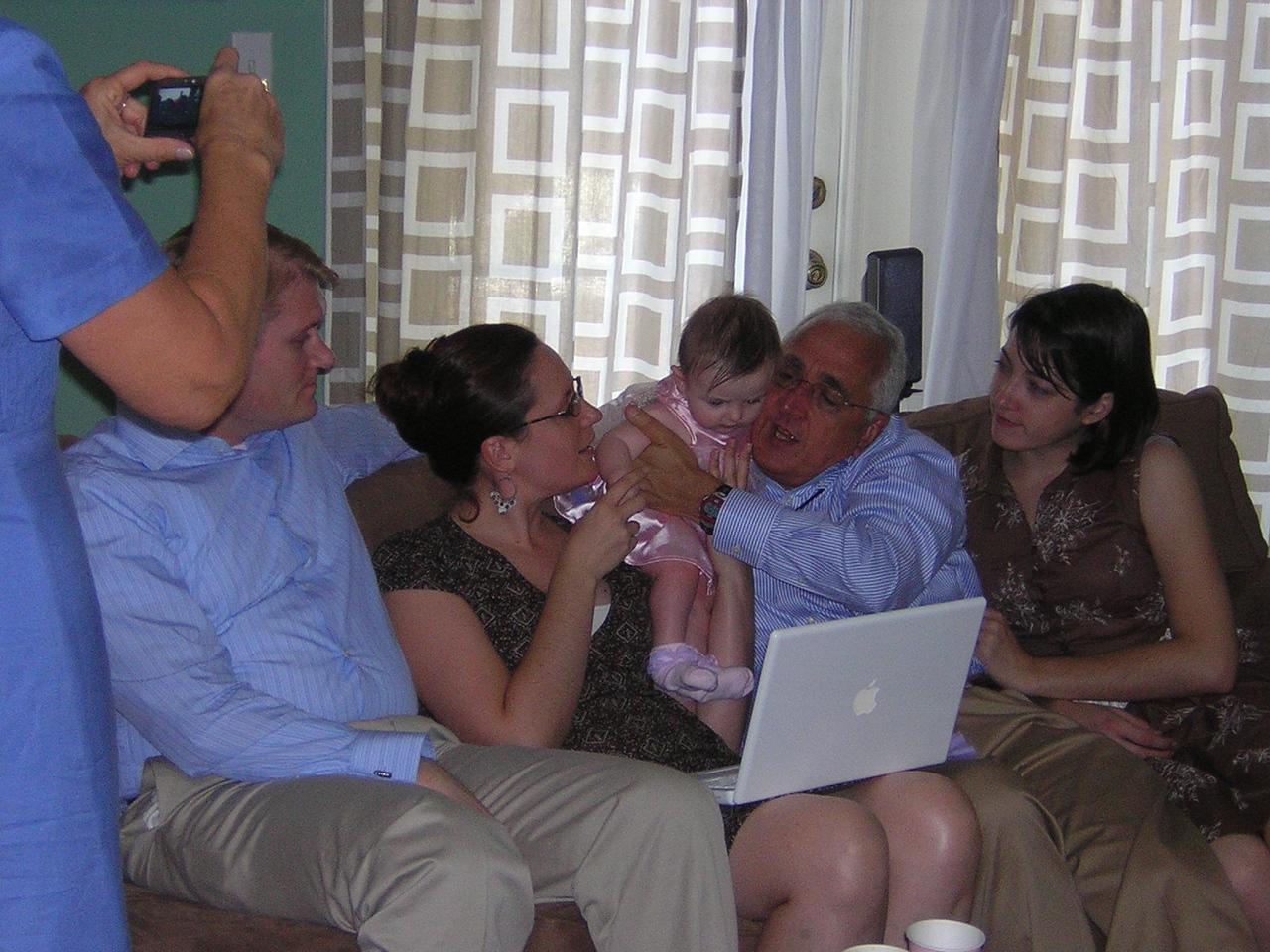 The Thomas clan cuddle with StellanDSCN5348.JPG