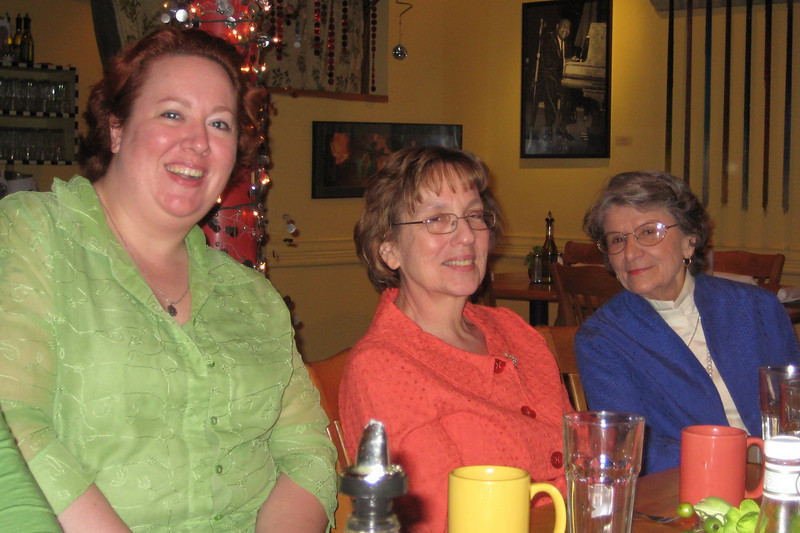 Sarah, Mrs. Applegate and GiGi